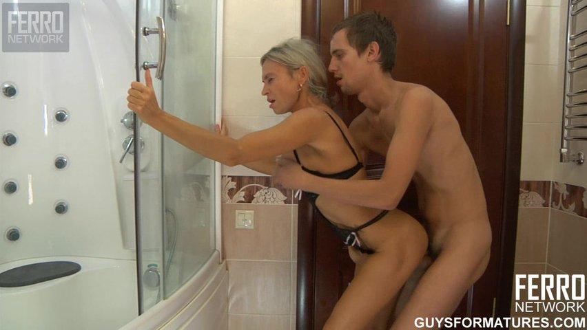 Секс русских лесбиянок: бесплатное порно видео в хорошем ...