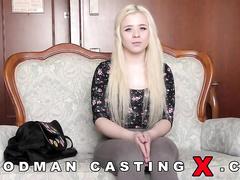 Кастинг волосатых русских девушек, русское порно онлайн на остановке
