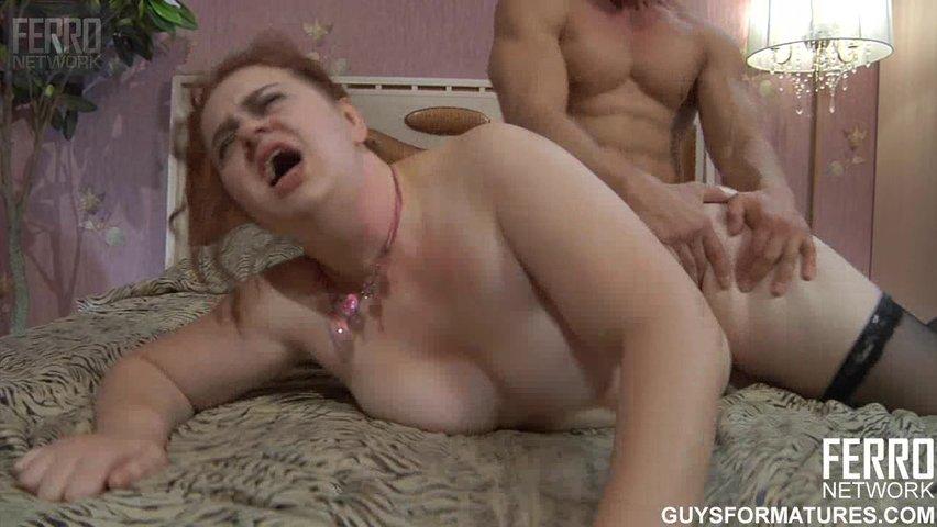Смотреть онлайн порнофильм с жирными тетками — photo 11