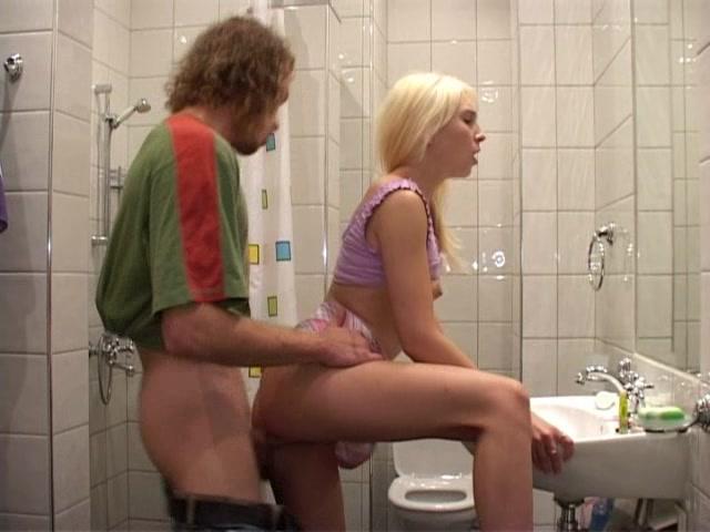 podglyadel-eroticheskoe-video-obeliks-porno-porno