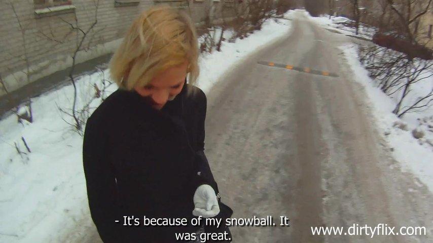 Русское порно видео познакомился на улице и привёл домой