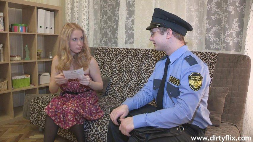 Где порно три мамки и полицейский выглядит
