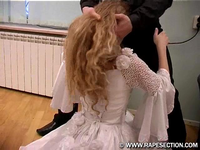 Трахнули ахуенную телку в платье — photo 10