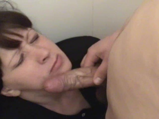Смотреть порно напоил и дал за щеку онлайн