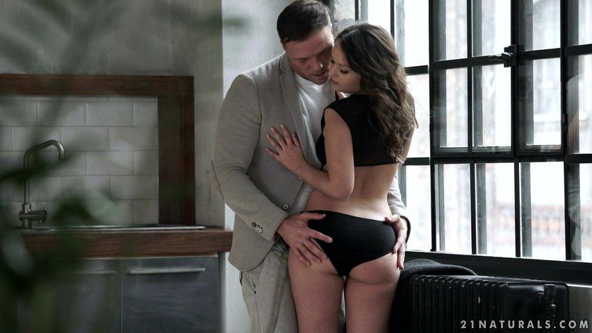 Секс с любовника, поблагодарил за посуду порноактриса русское