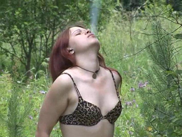 porno-v-lesochku