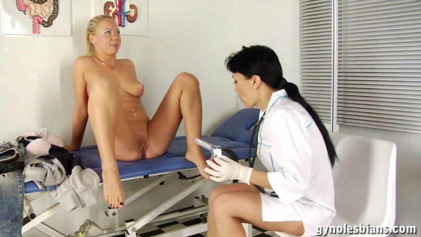 Секс в кабинете у гинеколога с японкой