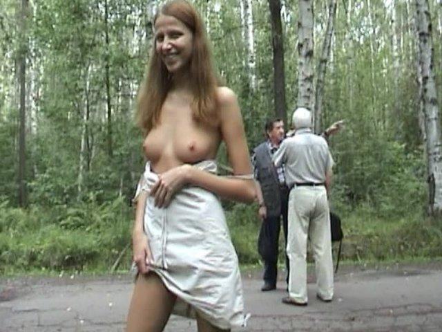 Порно публичное в парке