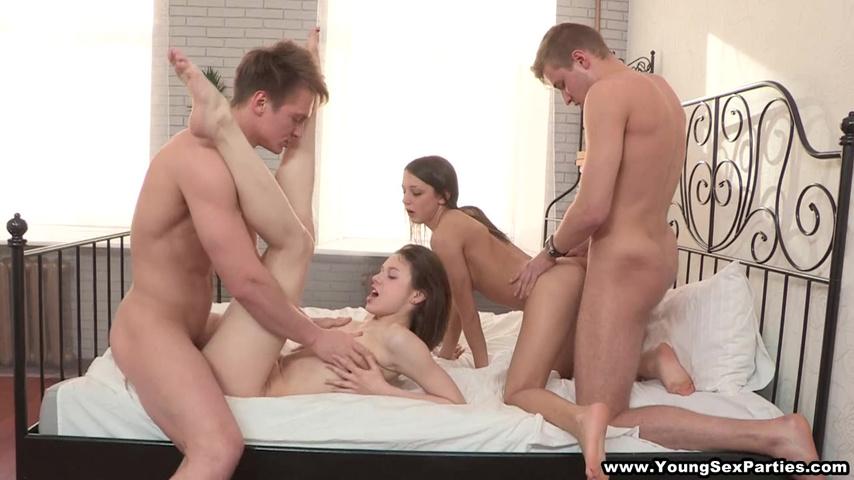 Развратные молоденькие домработницы порно видео hd