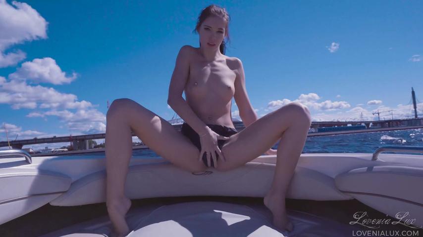 Онлайн порно на яхте hd