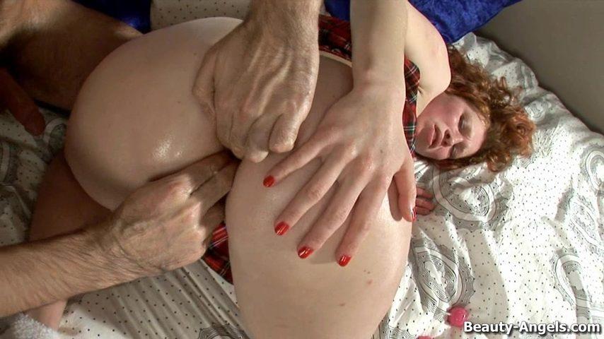 porno-orgazm-u-nimfomanok-vse-v-poryadke-ona-moya-tesha-porno