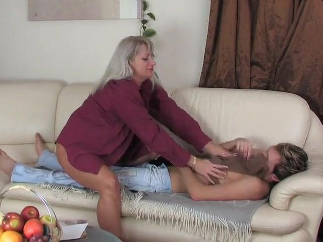 порно поза69 мать с сыном