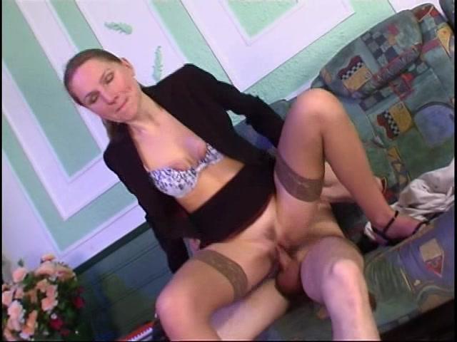 Порно онлайн в одежде русское