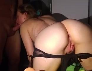 Алёнка сосёт член на камеру порно фото бесплатно