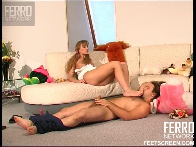 Порно сантехник между ног порно
