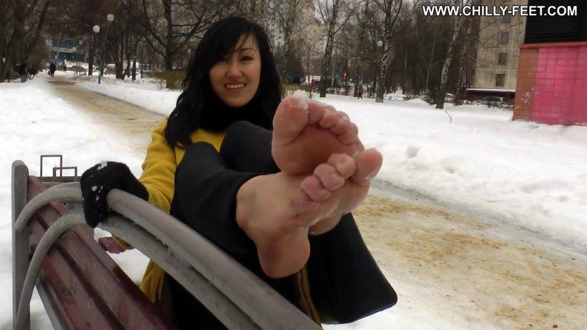 Видео порно зимой на улице