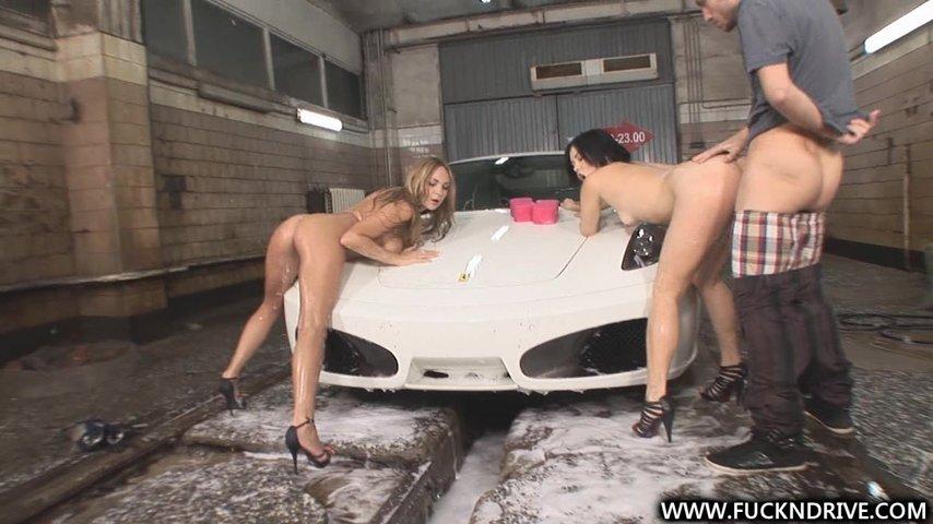 moyshitsi-avtomobiley-porno