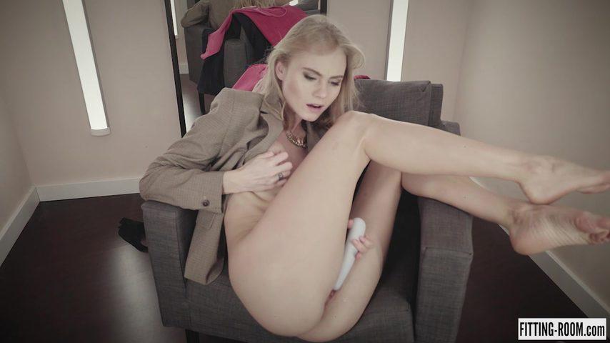 mir-seks-s-grudastoy-v-razdevalke-video-onlayn-nemetskie-eroticheskie-skazki