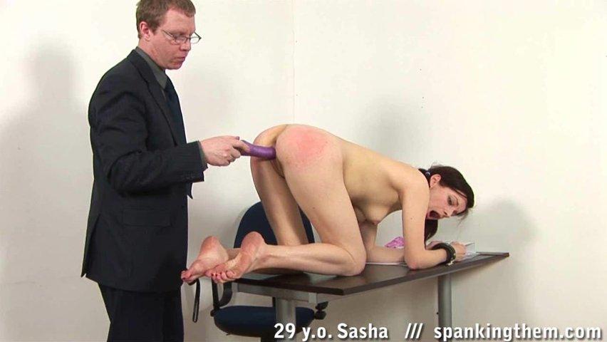 Наказать студентку видео порно