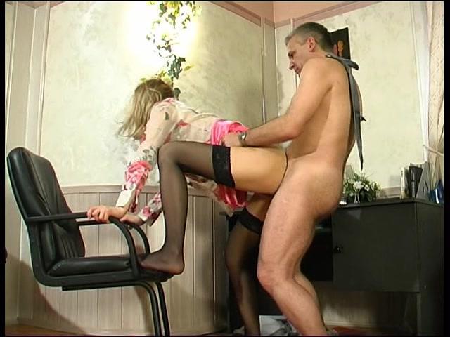 Горячая начальница порно фото