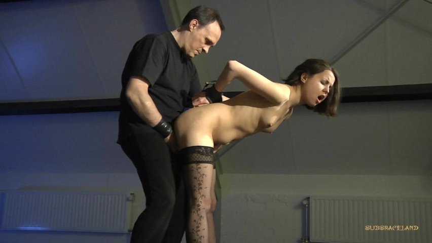 Наказала мужика сексом сосвязыванием