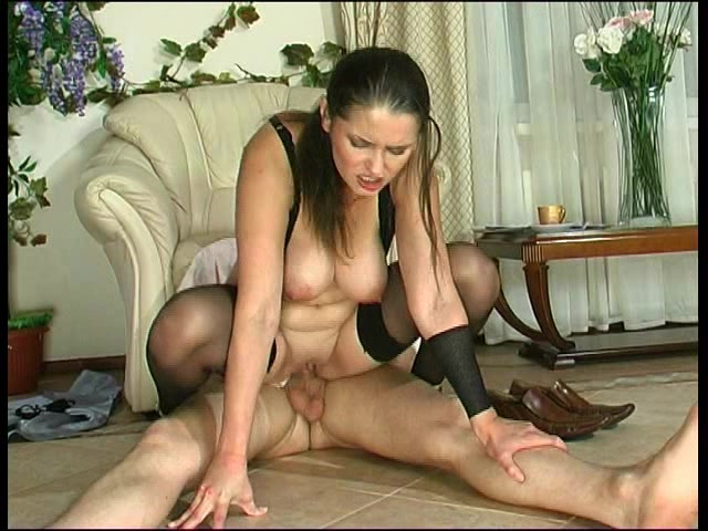 Грудастая секс мамка