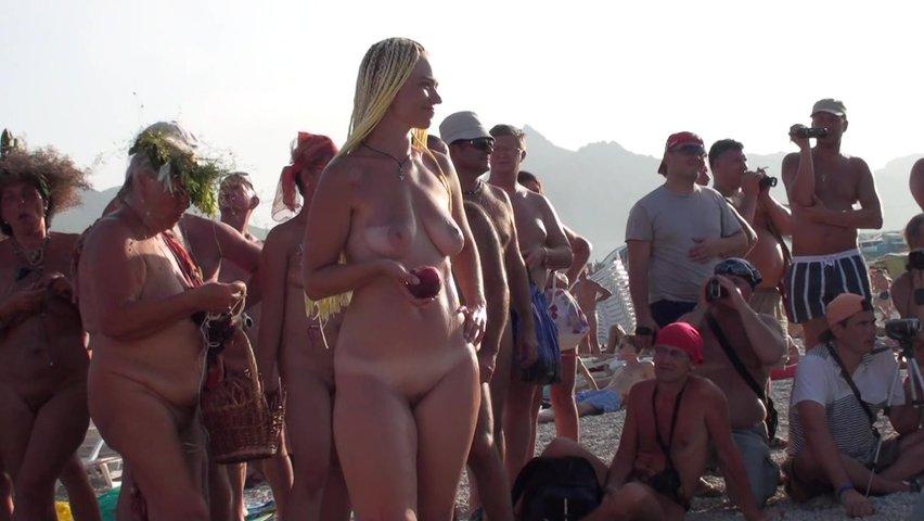 porno-sasha-krim-porno-video-v-mashine-legkie-pozi