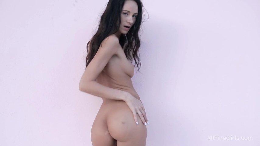Порно видео стриптиз в домашних условиях