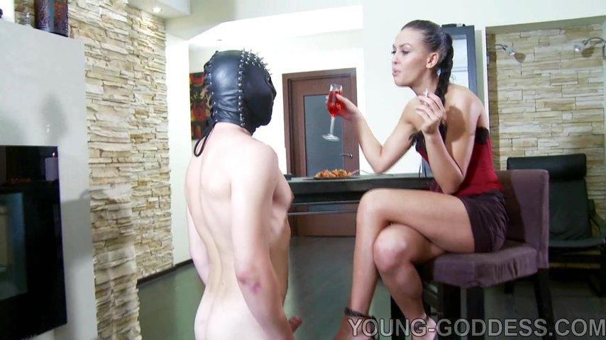 Порно видео целовать ноги